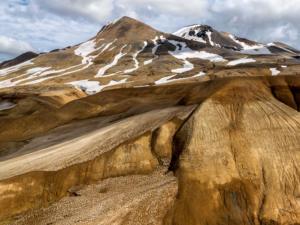 JLN-montagne-718b-islande